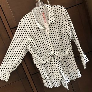 NEW! Dotted blouse